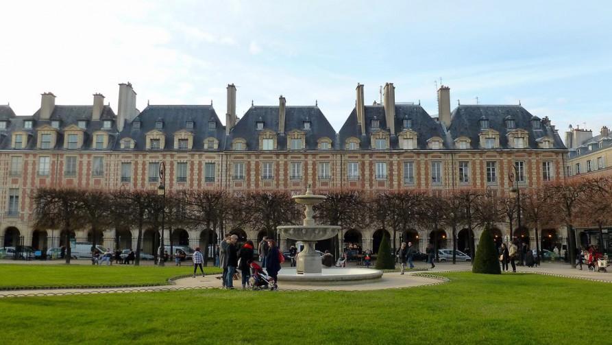 Place de Vosges, Marais - Paris