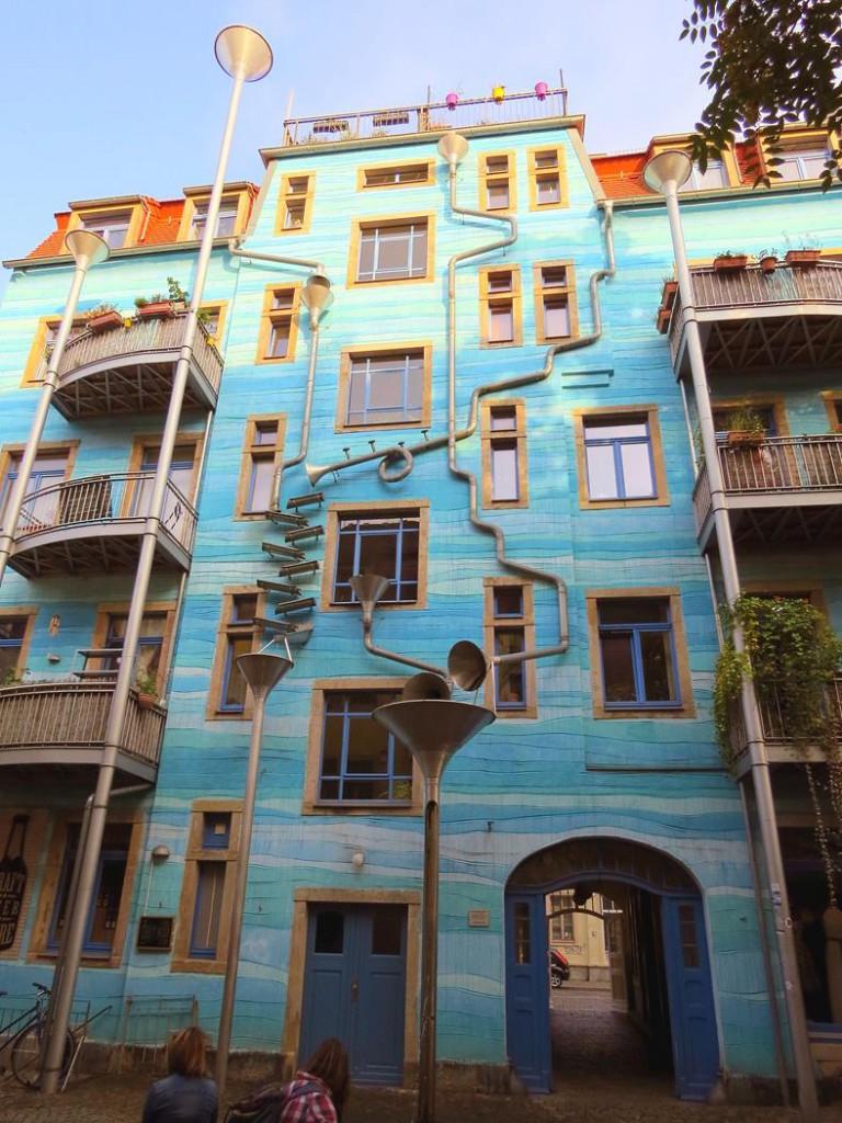 Regenwasserspiel in Dresden