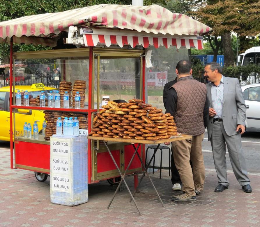 Simit, Istanbul