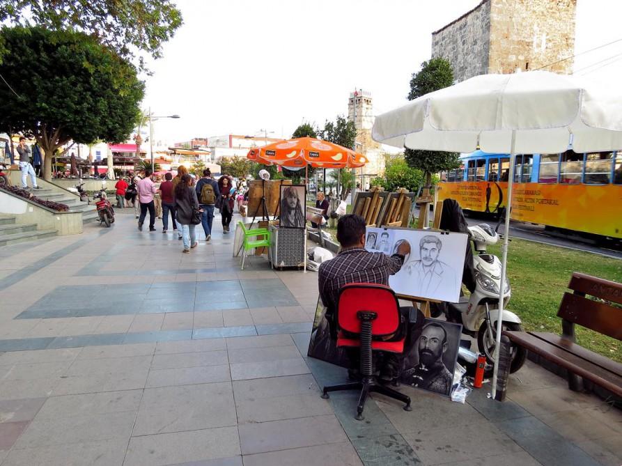 Straßenkünstler in Antalya