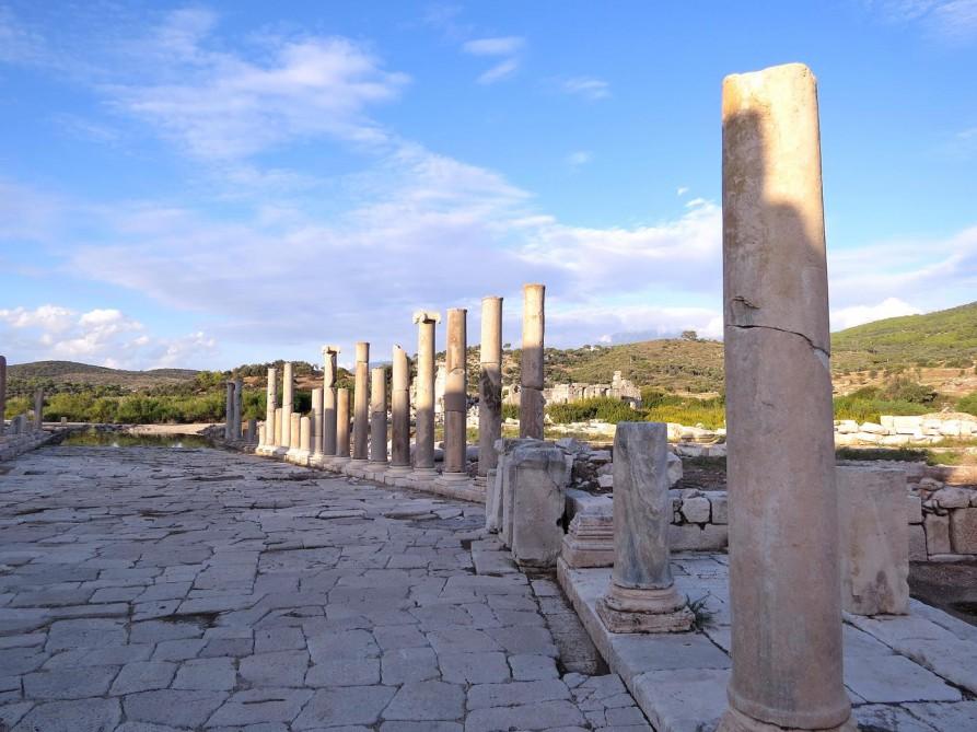 Säulen und Prachtstraße, Patara