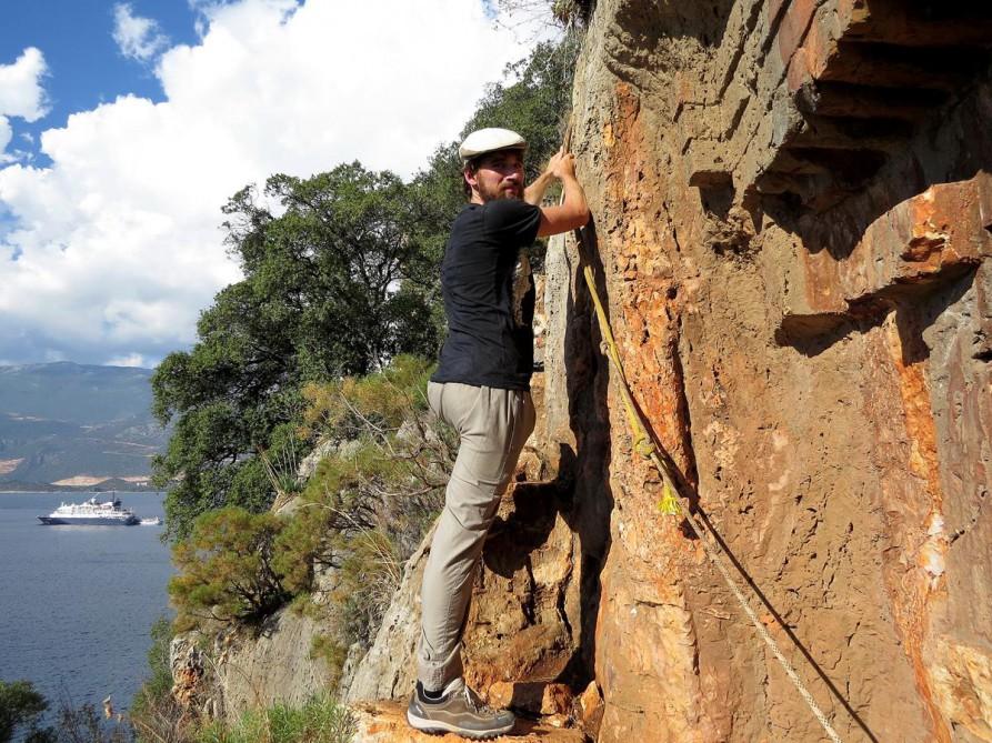 klettern am Felsengrab, der Lykische Weg, Türkei