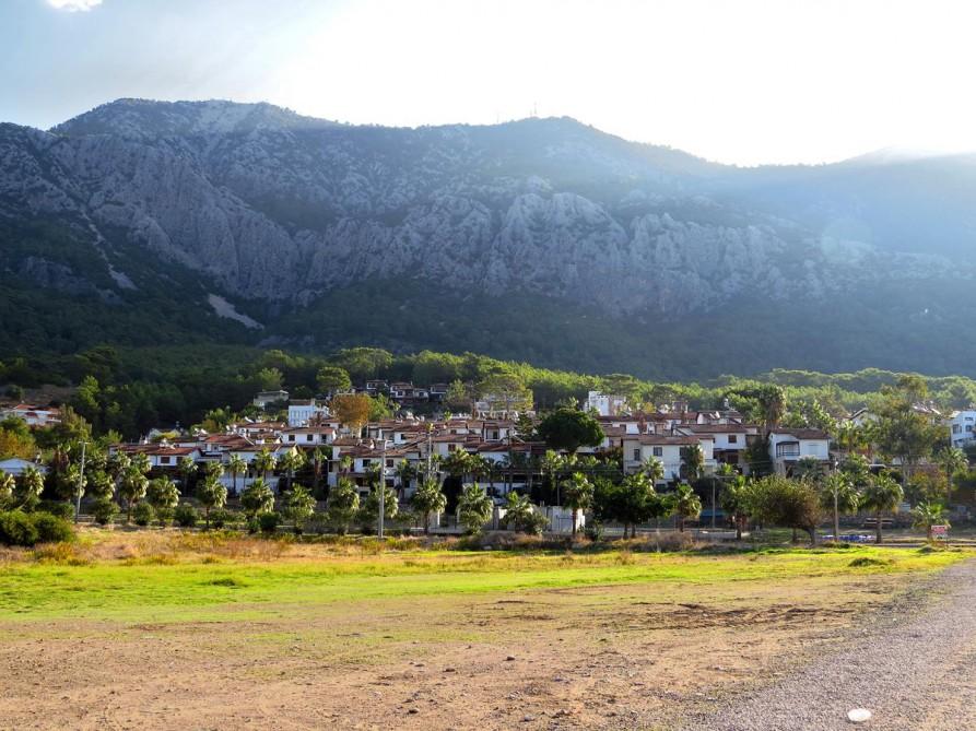 das Dorf Karaöz, Lykischer Weg