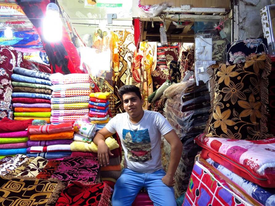 Verkäufer auf dem Markt in Bandar Abbas