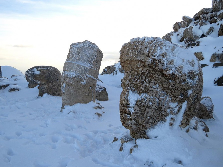 steinerne Köpfe auf dem Mount Nemrut