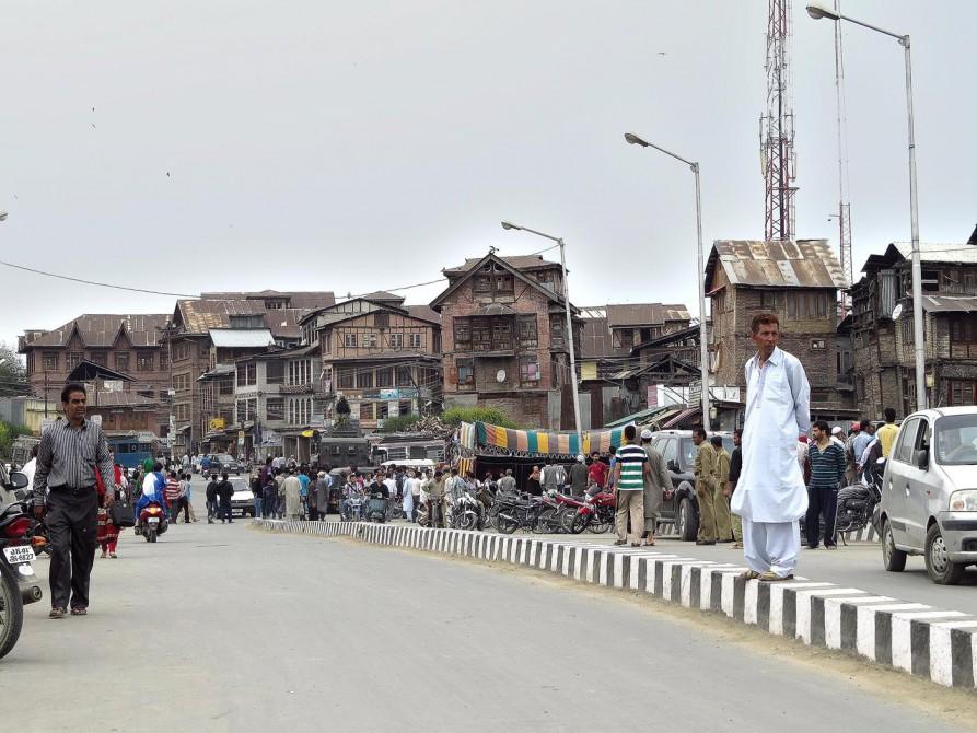 Straßenszene in Srinagar