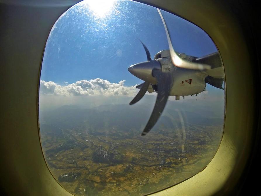 Propellerflugzeug, Tenzing-Hillary Flughafen