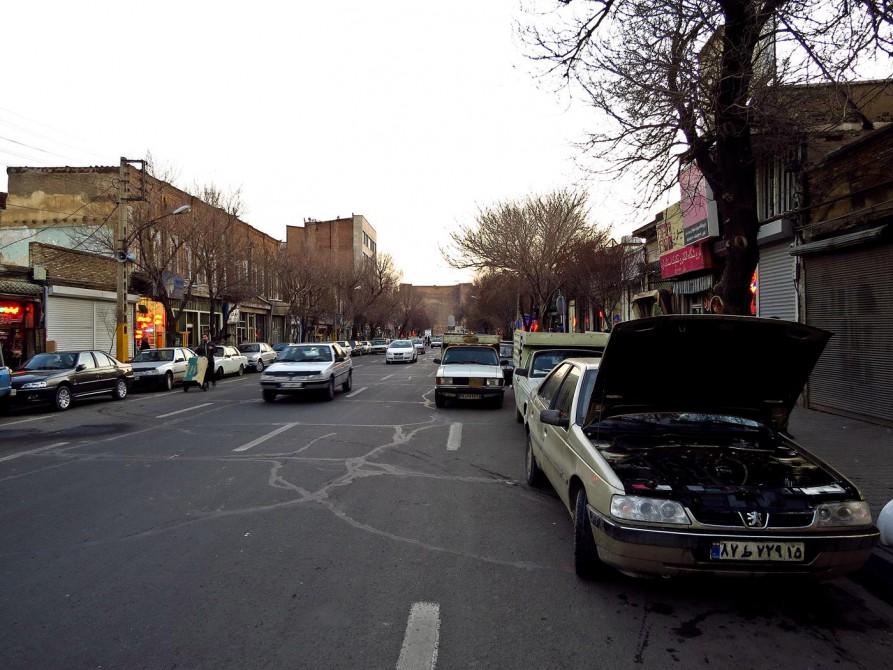 Straße in Täbris, Iran