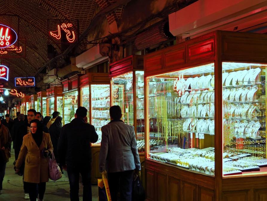 Juweliergeschäfte auf dem Markt in Täbris