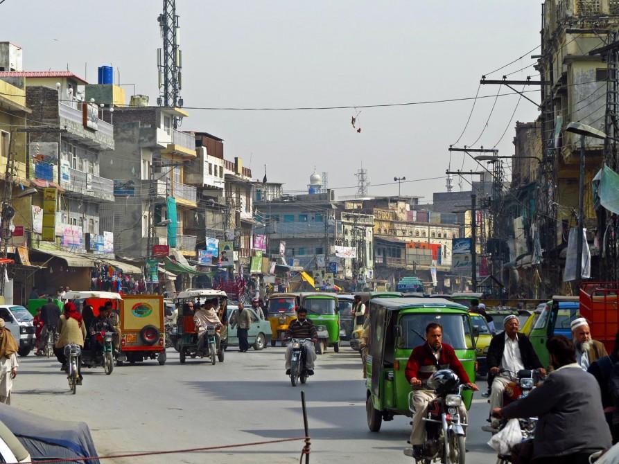 Straßenszene im Zentrum von Rawalpindi