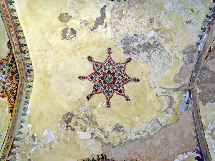 Deckengemälde in der Festung Shahi Quila