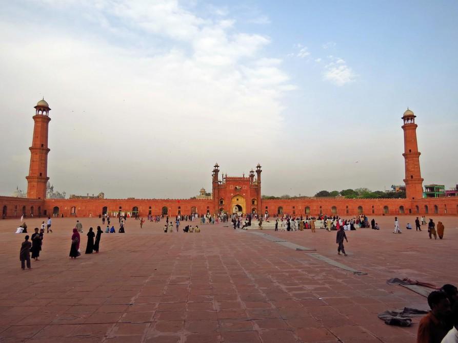 Innenhof der Badshahi-Moschee