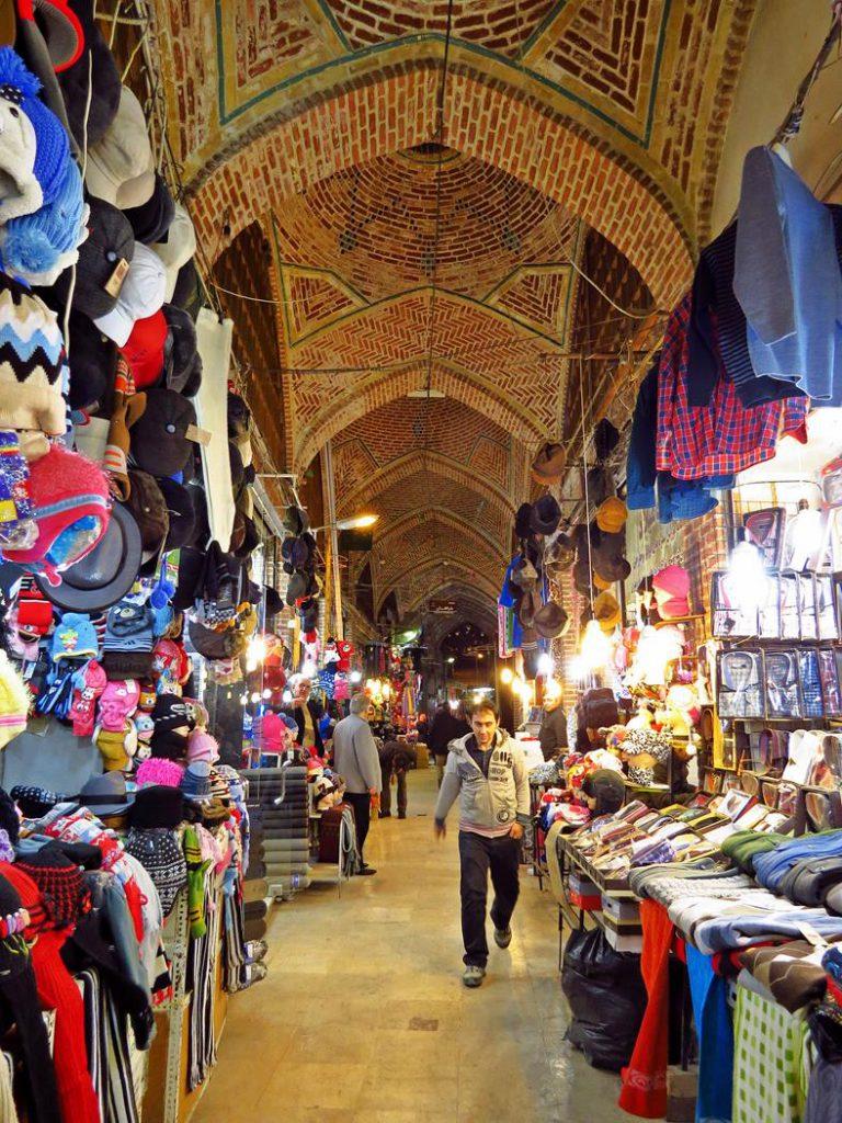 überdachter Markt in Ardabil