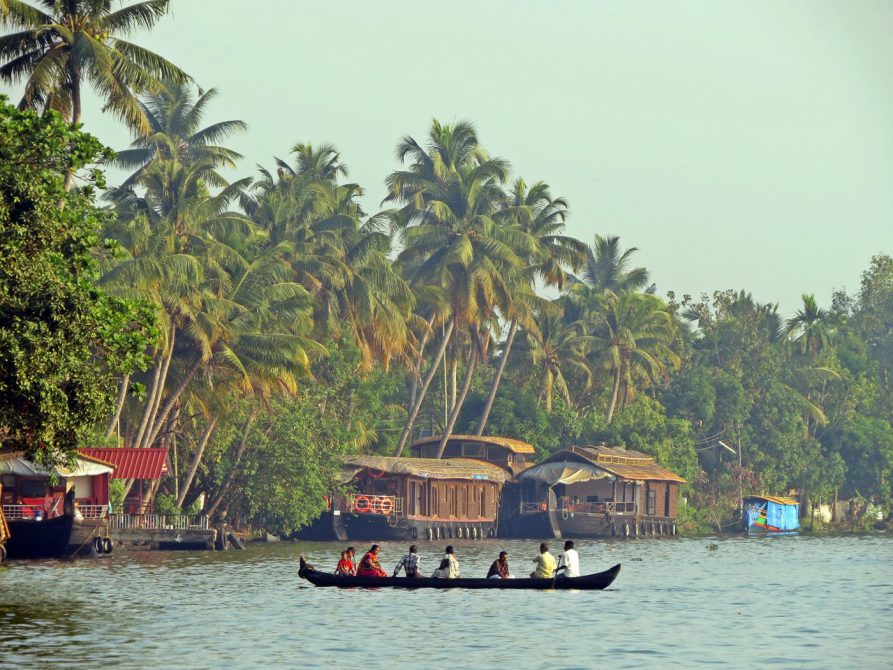 Bootsmänner in den Backwaters