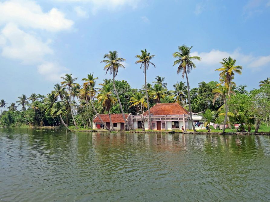 Häuschen in den Backwaters, Kerala