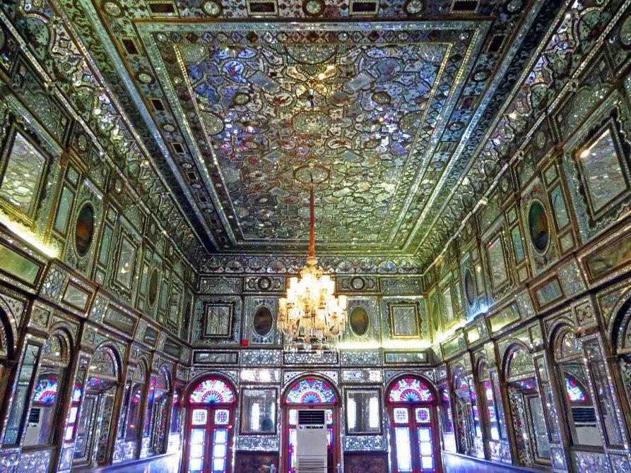 Spiegelsaal im Golestan Palast