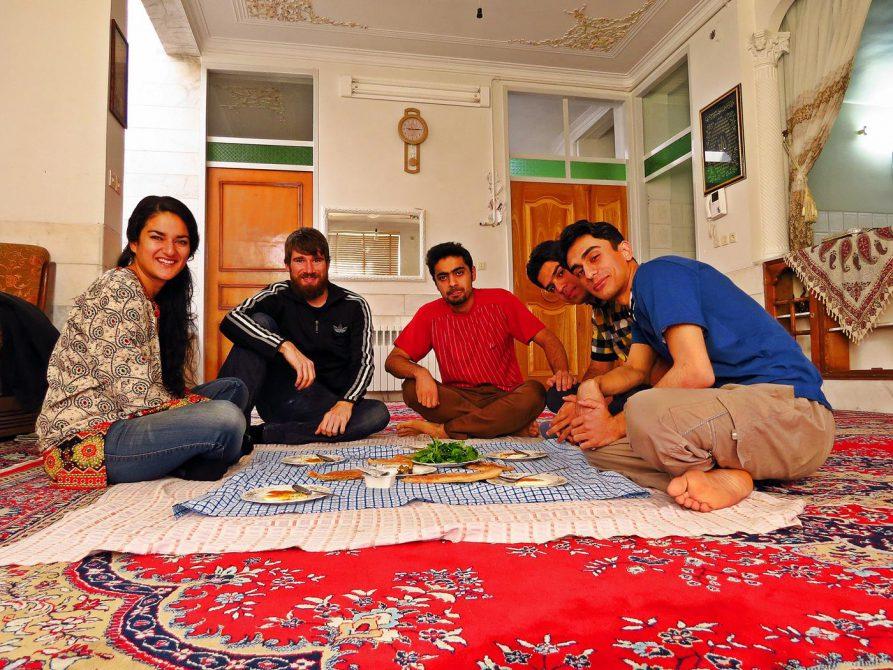Couchsurfing, Iran