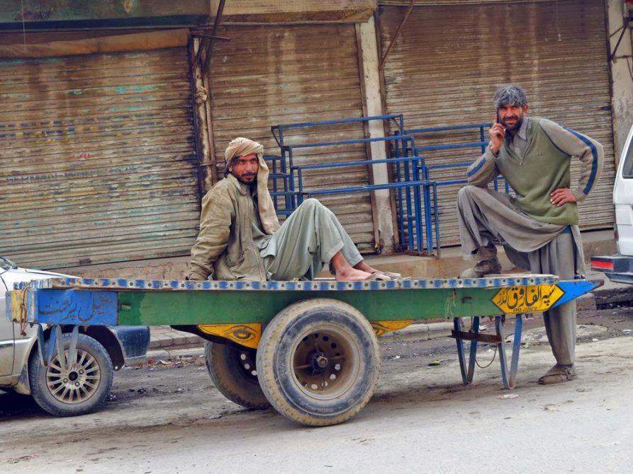 Arbeiter während einer Pause in Rawalpindi