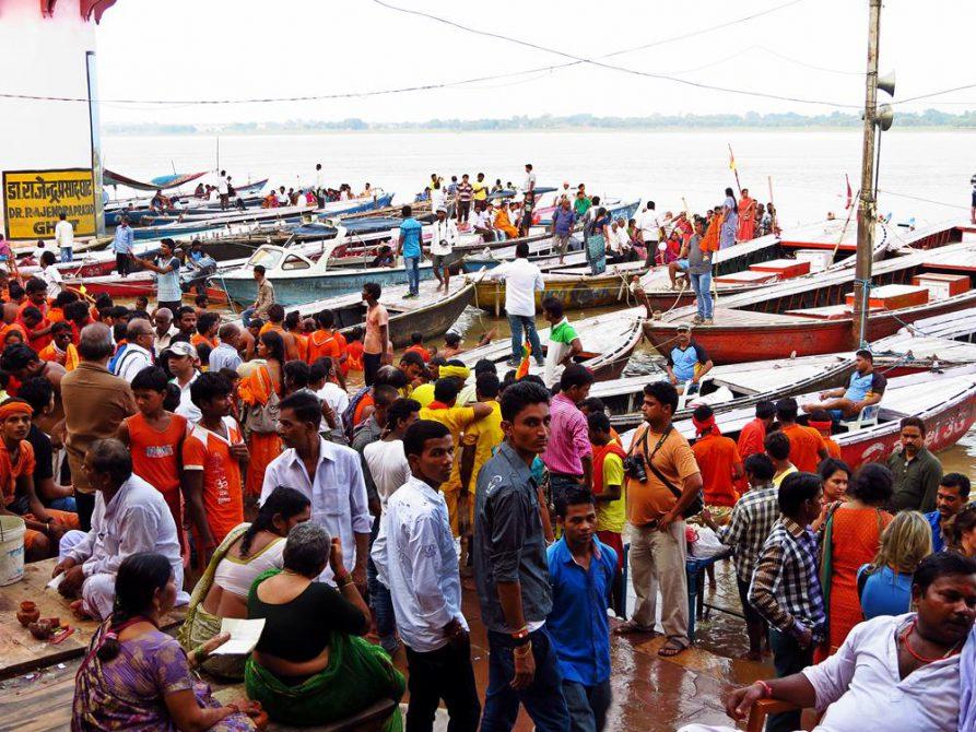 hinduistische Pilger, Varanasi, Indien
