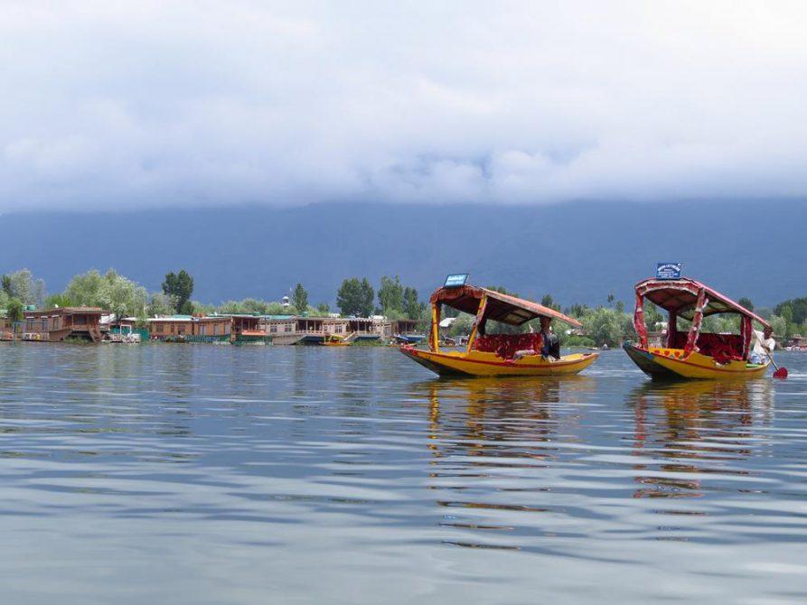 Srinagar, Inside Indien