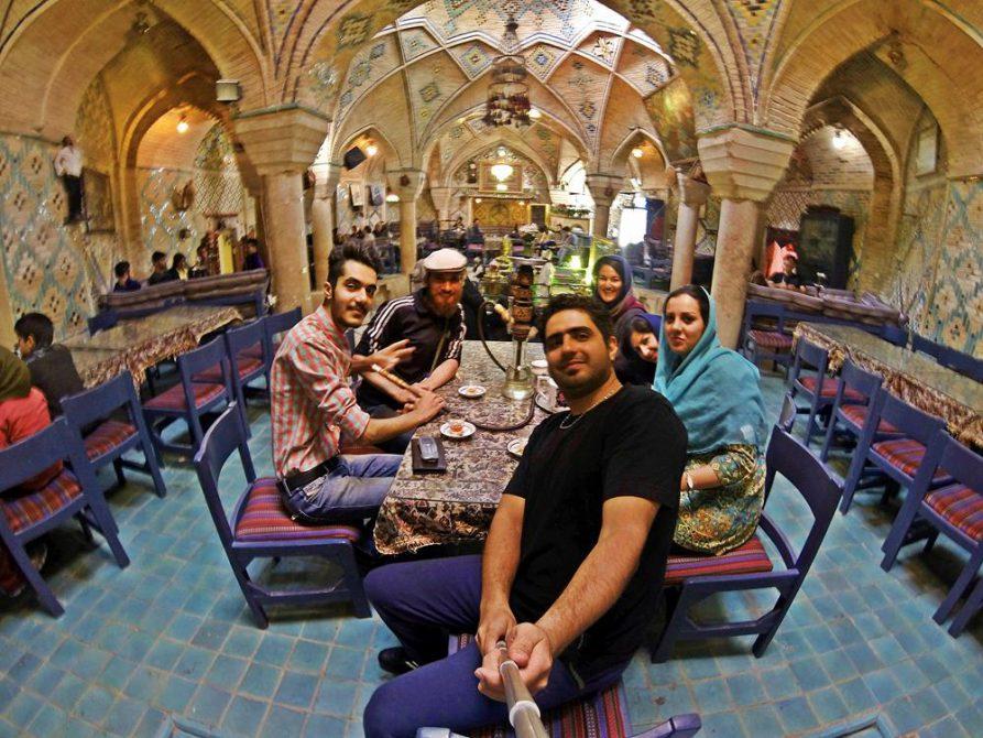 Couchsurfing, Kerman