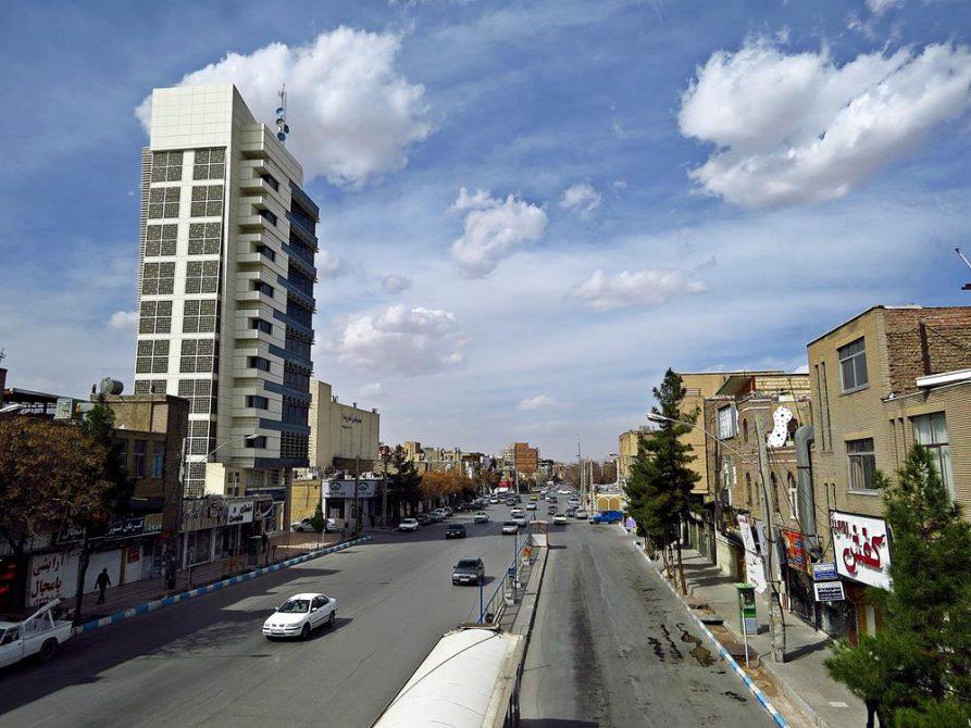 Straßenzug in Kerman