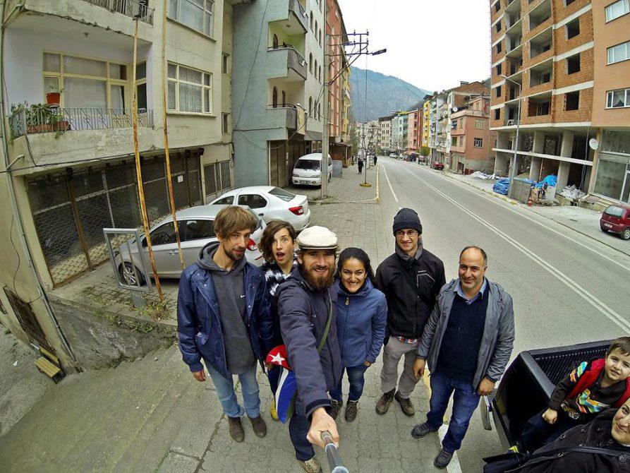 Gruppentrampen nach Maçka