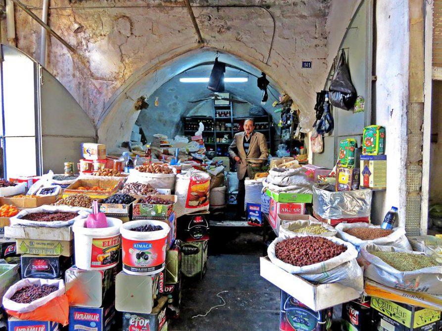 Datteln, Nüsse, Trockenfrüchte