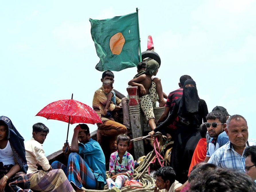 hölzerne Fähre bei Cox Bazar, Bangladesch