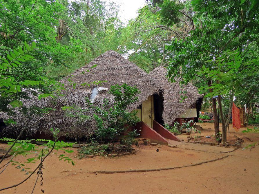 Hütte in der Siedlung Aspiration, erste Siedlung in Auroville