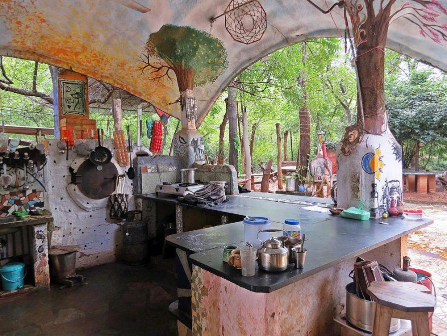 Gemeinschaftsküche im Youth Centre, Auroville