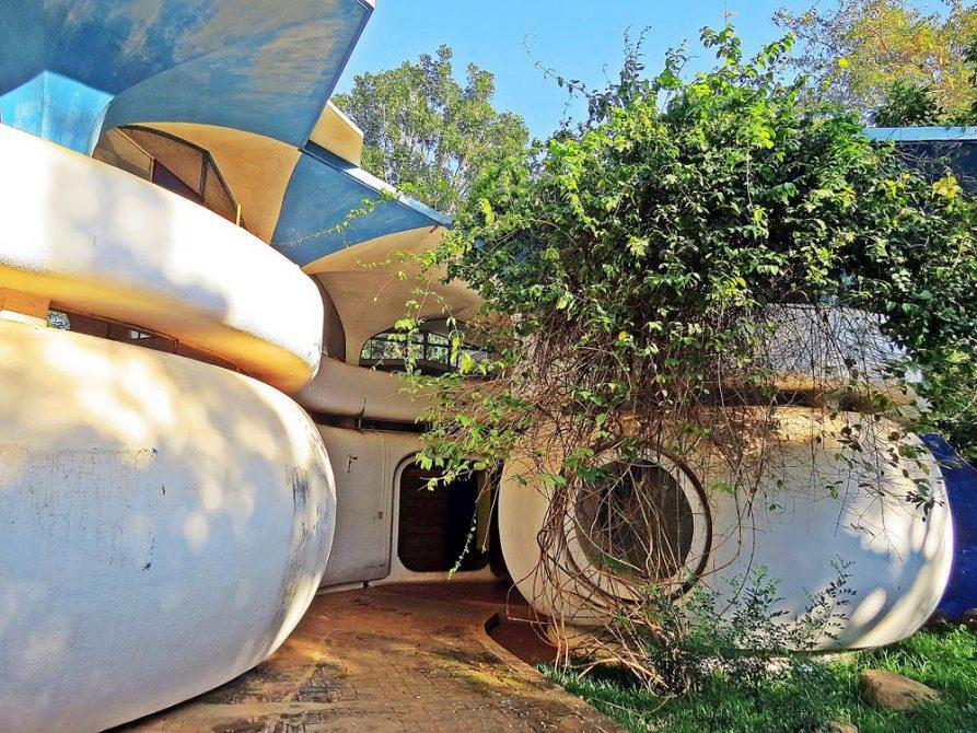 Auroville, futuristische Architektur