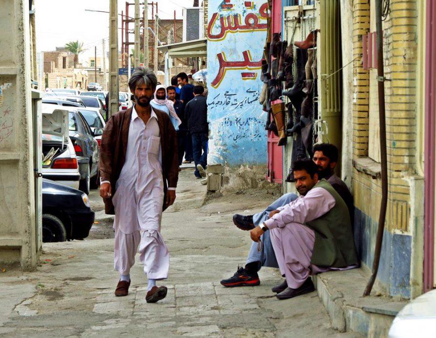 Männer im Shlawar Kamiz, Zahedan, Iran