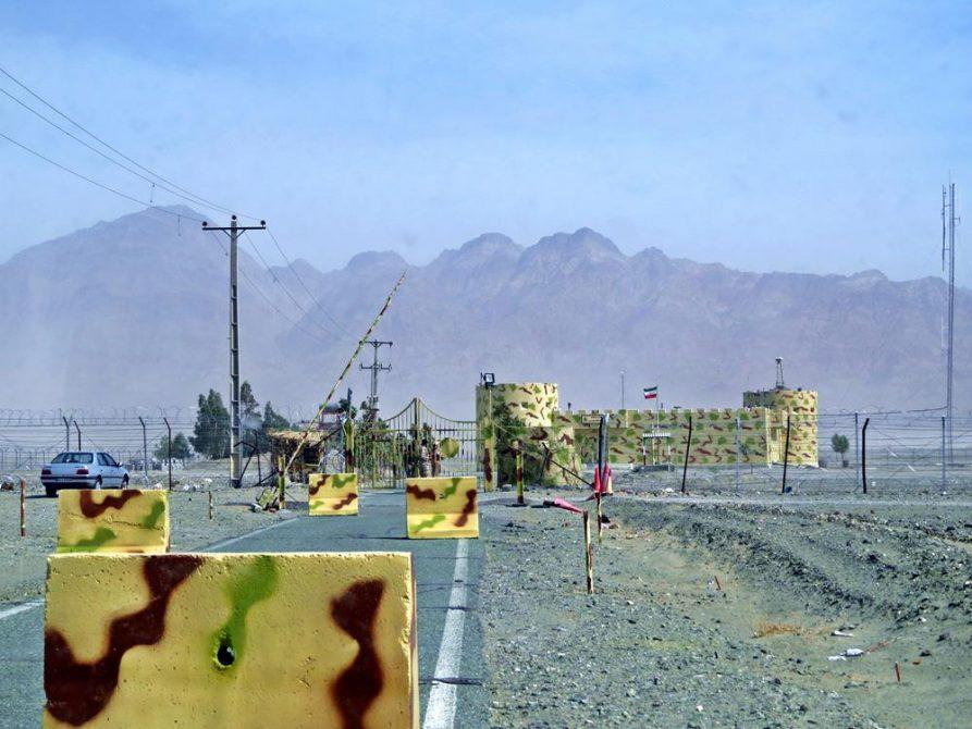 Militärposten in der Wüste, Belutschistan, Iran