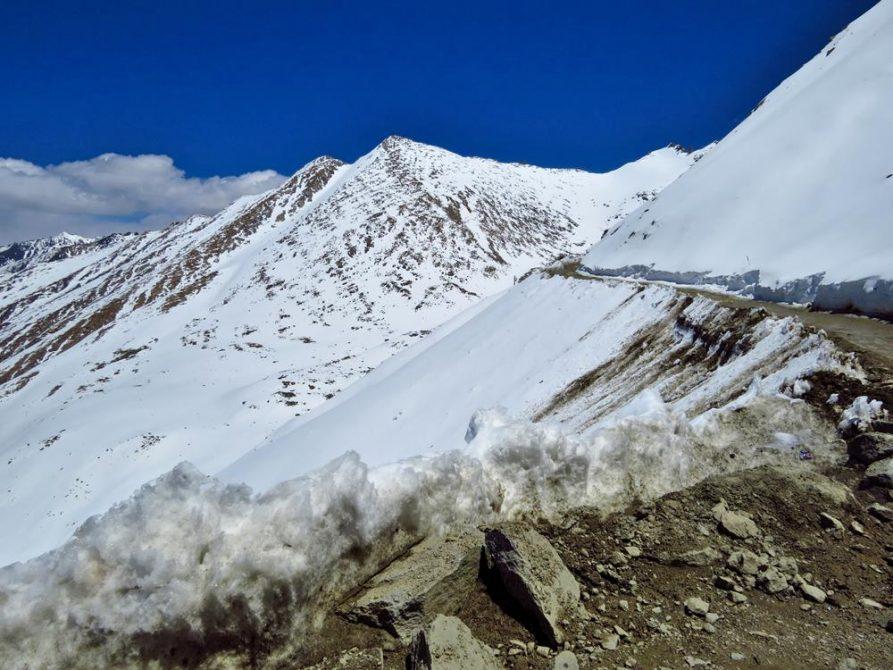 schneebedeckte Berge in Ladakh