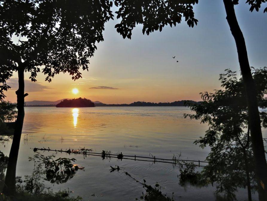 der Brahmaputra in Guwahati
