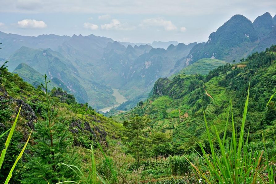 Bergpanorama auf dem Ha Giang Loop