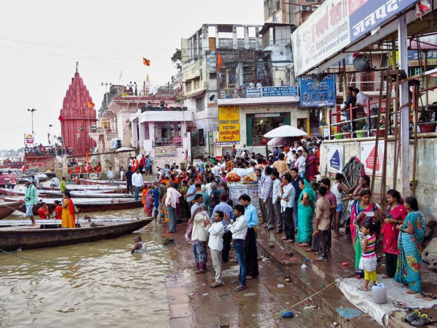 Morgenritual am Dashashwamedh Ghat