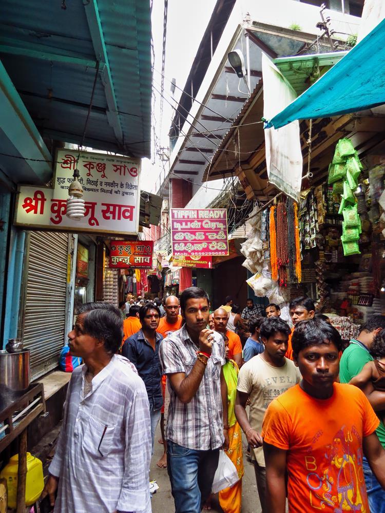 in den Altstadtgassen von Varanasi