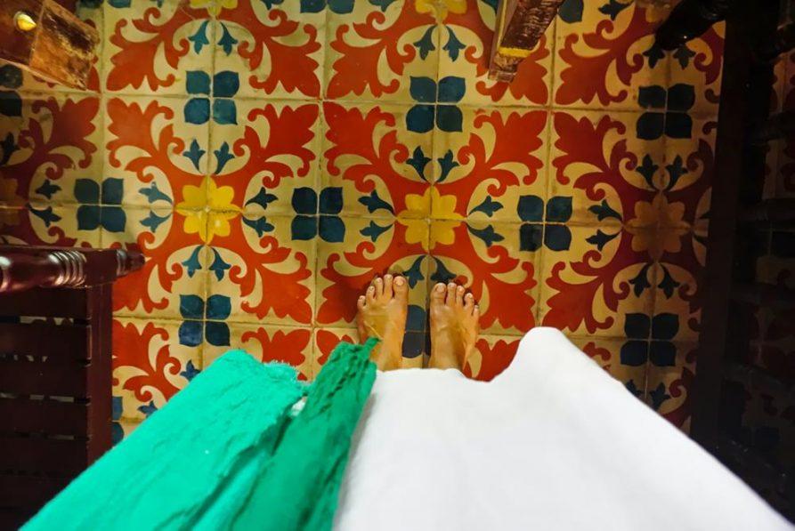 Fliesen im traditionellen Zimmer, Ayurveda Mana Resort, Kerala