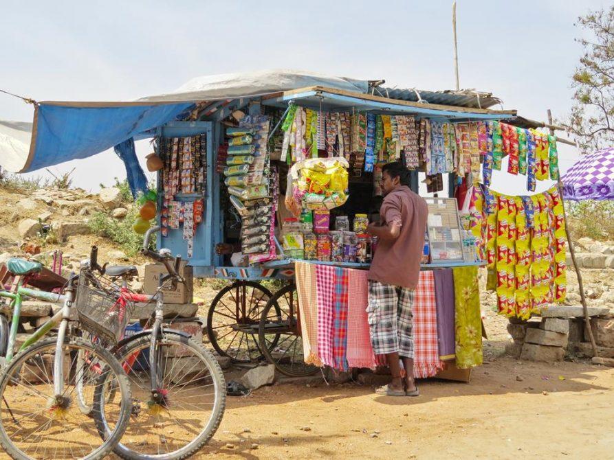 ambulanter Verkäufer, Hampi, Indien