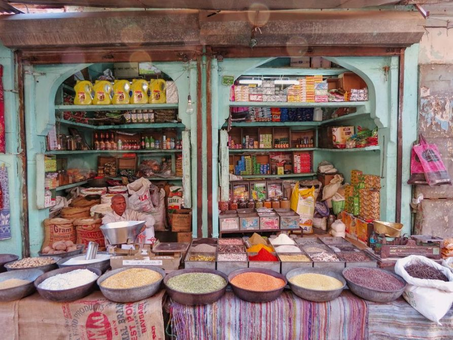 Händler auf dem Sardar Markt, Jodhpur, Rajasthan