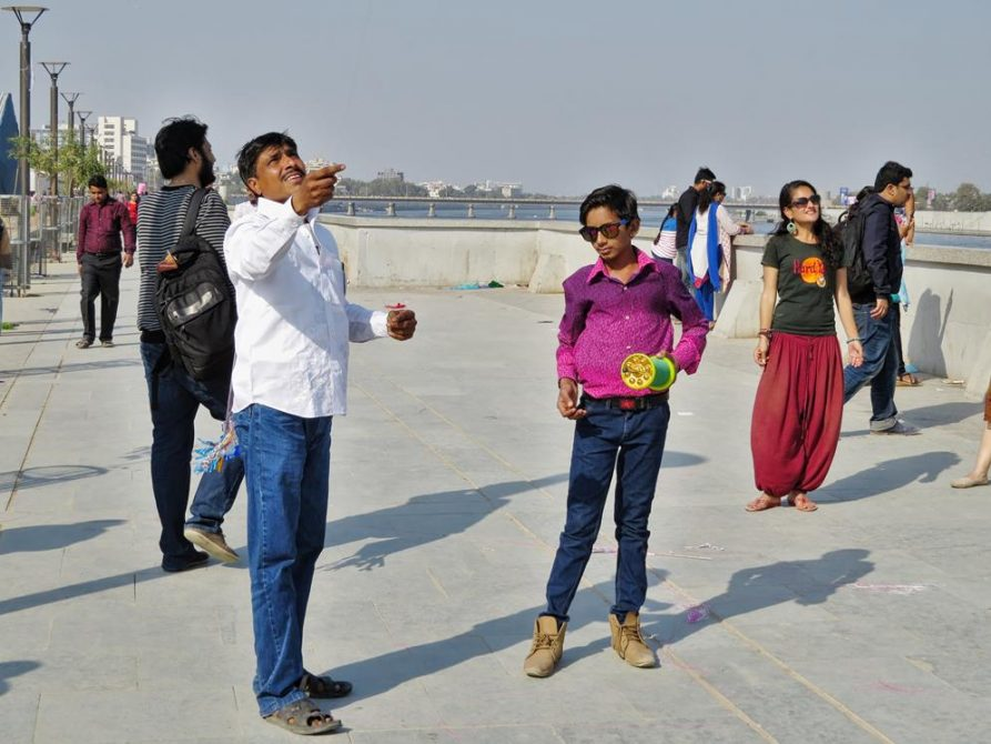 Uttarayan, Drachenlenker in Ahmedabad, Indien