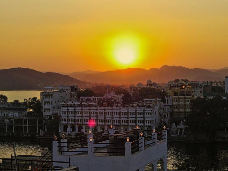 Sonnenuntergang über Udaipur, Rajasthan