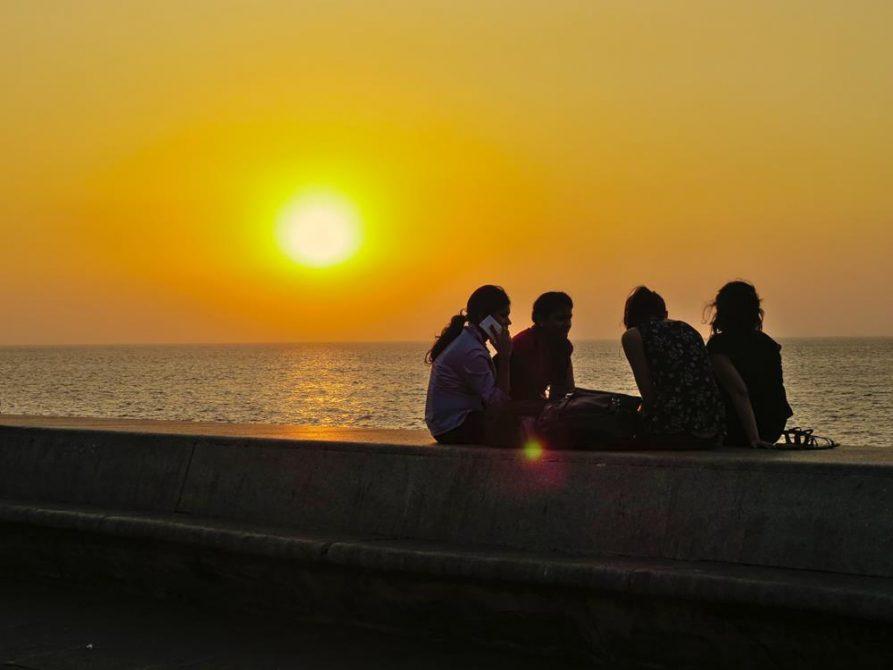Sonnenuntergang am Marine Drive, Mumbai, Indien