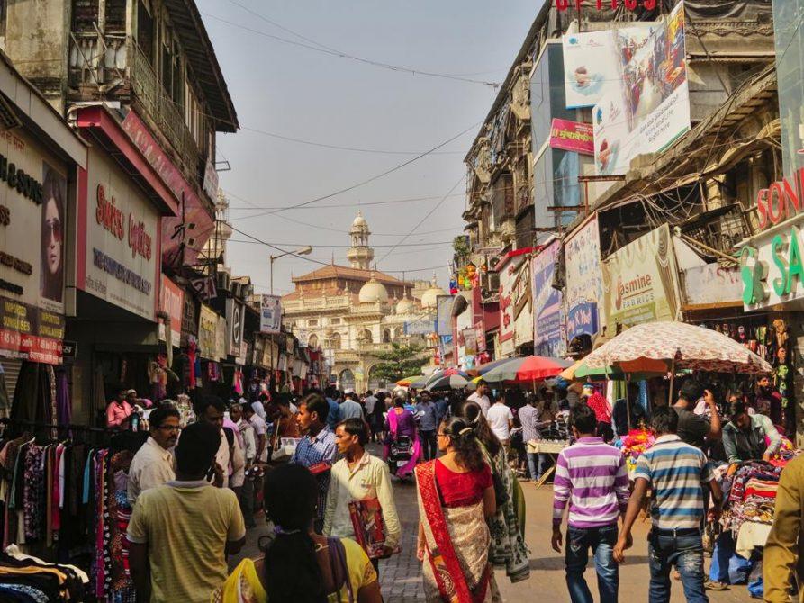 Basarstraße in Mumbai, Indien
