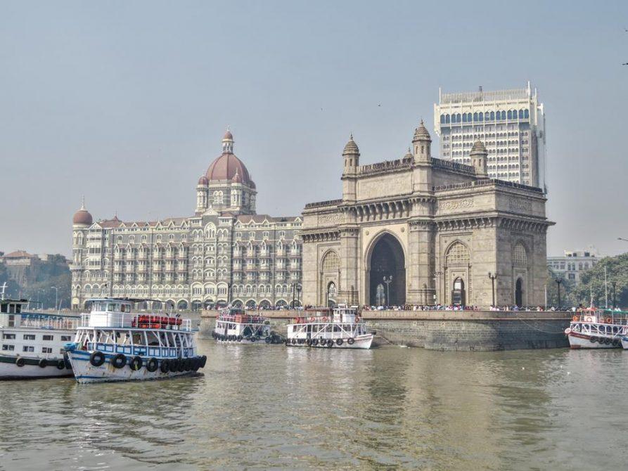 Gateway of India und The Taj Mahal, Mumbai, Indien