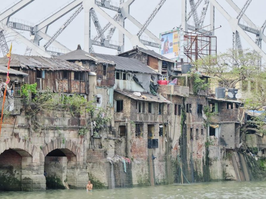 Slum, Howrahbrücke, Kolkata, Indien