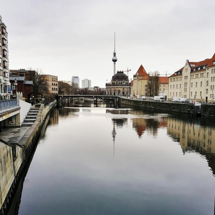 Berlin, Spree, Fernsehturm