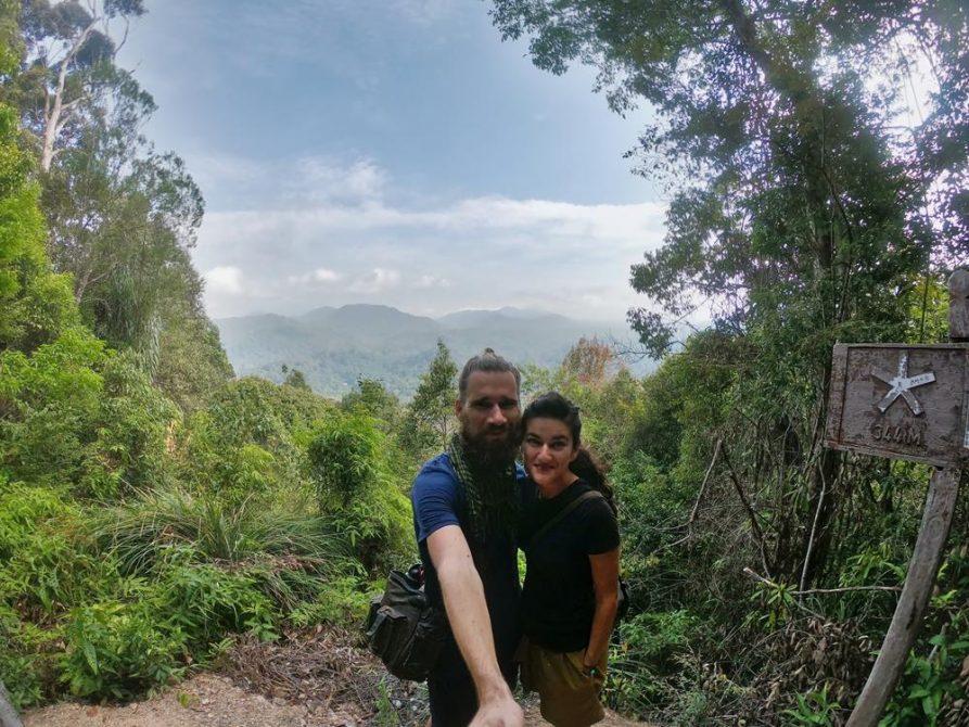 Paar auf Bukit Terisek, 2. Aussicht, Taman Negara, Malaysia